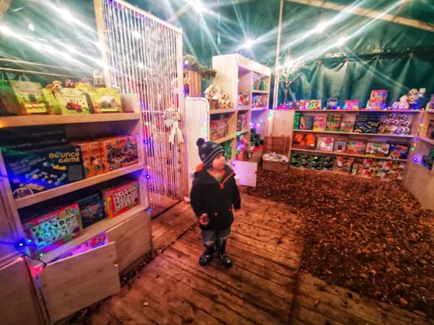 Christmas on the Farm at Cotswold Farm Park